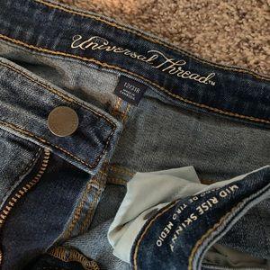 Universal Thread jeans.